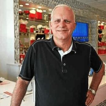 Bob Ferry, Cherry Blow Dry Bar - Advice when Starting a Franchise