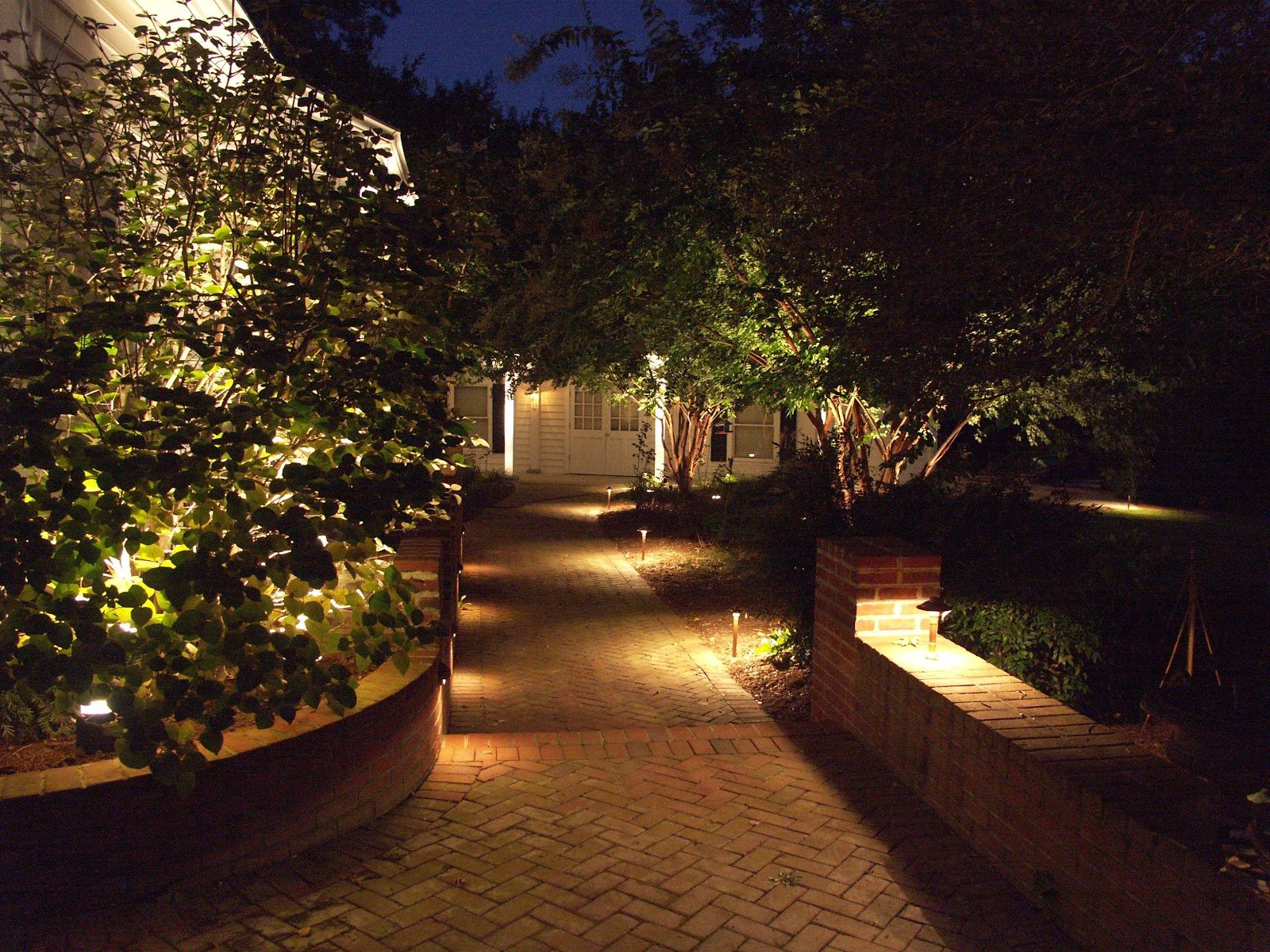 path-lights-7-nice-ideas