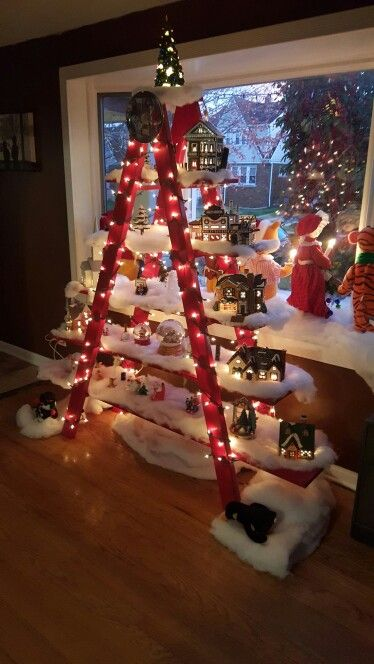 christmas-ladder-display
