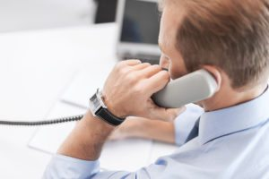 How to Write a Cold Calling Script That Works for Your Small Business
