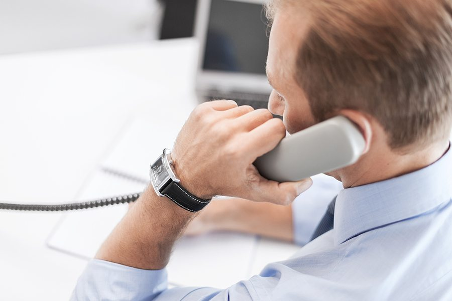 Cold Calling Scripts and How to Write Them (+Free Templates)