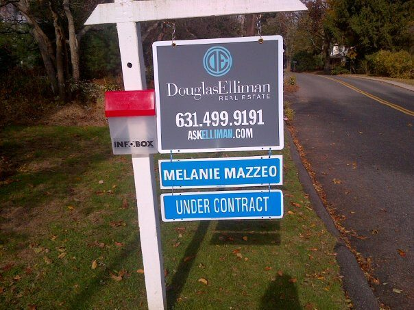 Melanie Mazzeo - Real Estate Signs