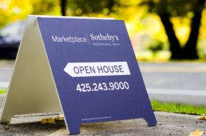 Open House Signs: How to Boost Traffic to Your Listing With the Right Signage