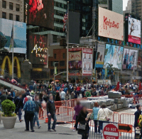 Time Square, NYC -<br /></noscript> Foot Traffic