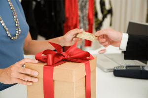 Study: How Small Businesses Can Capitalize on Holiday Spending