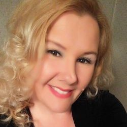 Renea Hanks Candles by Me LLC ecommerce strategy tips from the pros