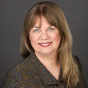 Sandi Leyva - top accounting influencers