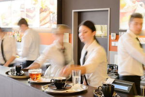 Top 25 Helpful Restaurant Server Training Tips from HR Experts