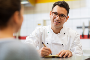 Top 26 Tips for Hiring Restaurant Employees
