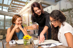 Top 27 Tips for Hiring Restaurant Servers from the Pros