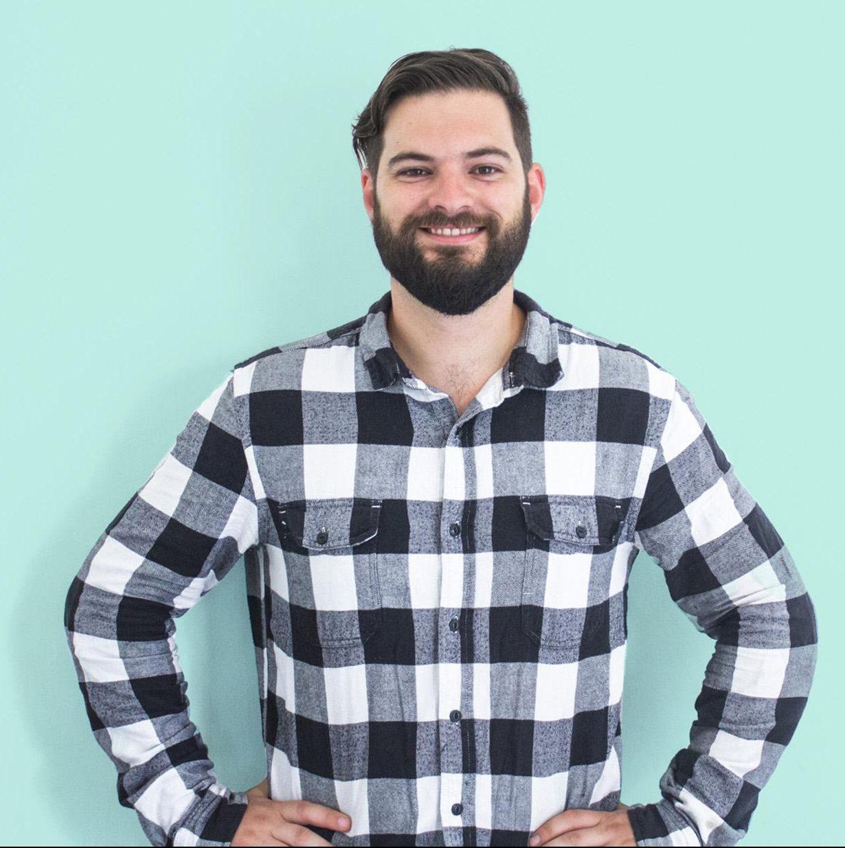 Nick Papadatos, Living to Roam - facebook advertising tips - Tips from the Pros