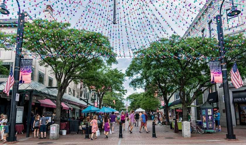 busy street of Burlington, Vermont