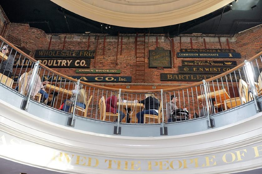 people eating on restaurant of Boston, Massachusetts