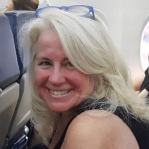 Stef Katz, The Travel Superhero - mompreneur