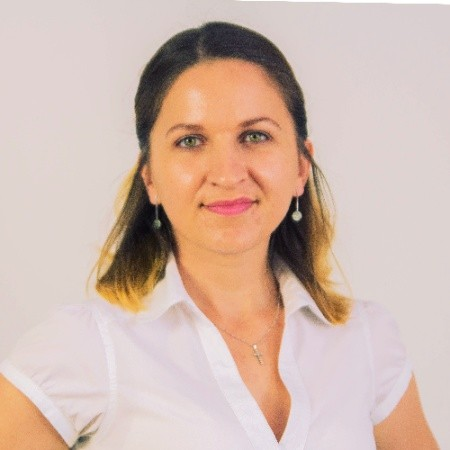 Oksana Chyketa, The Marketer, Albacross - food blogging tips