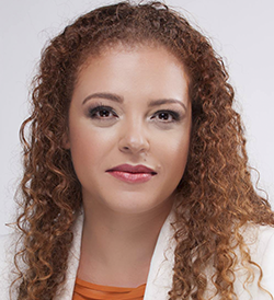 Renata Castro - business lunch etiquette