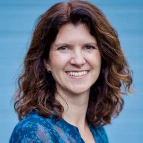 headshot of Amy Wright, Content Marketing Consultant, Amy Wright - Content Marketing