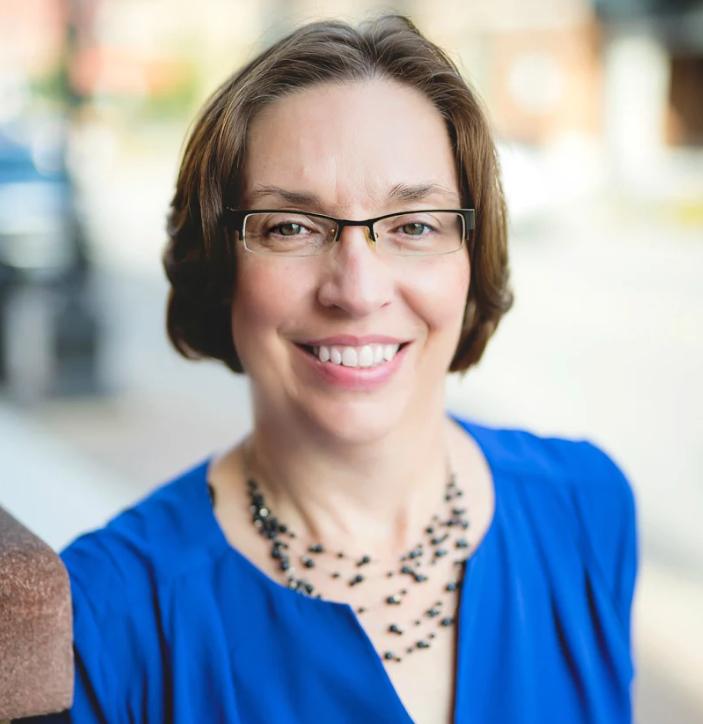 Karen Grill - social selling tips