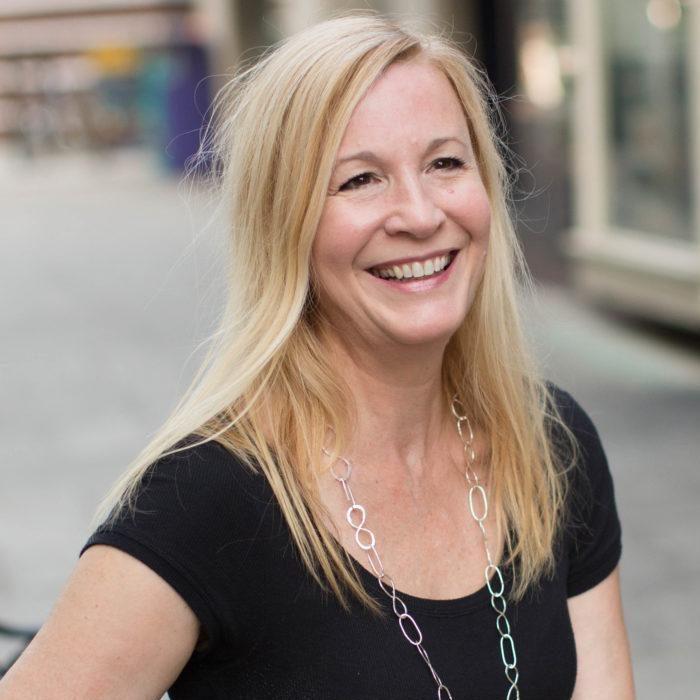 Lisa Jackson - real estate agent bio