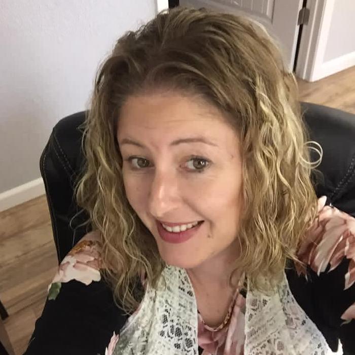 Julie Groves, Broker & Owner of 903 Realty