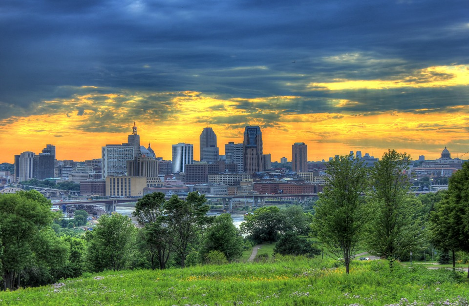 photograph of the Minneapolis, Minnesota skyline