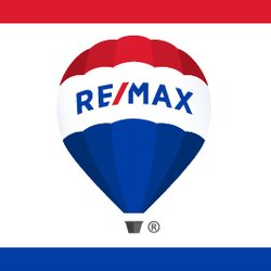 RE/MAX Real Estate logo