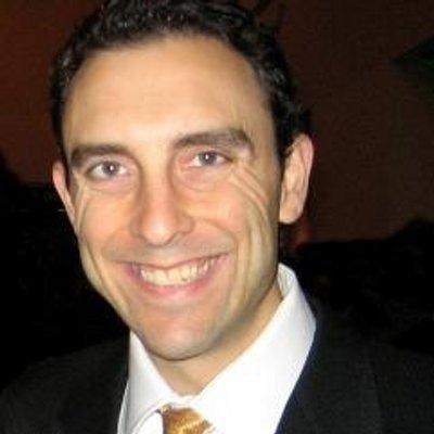 Reuben Swartz headshot
