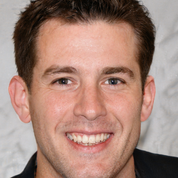 Joe Bailey headshot