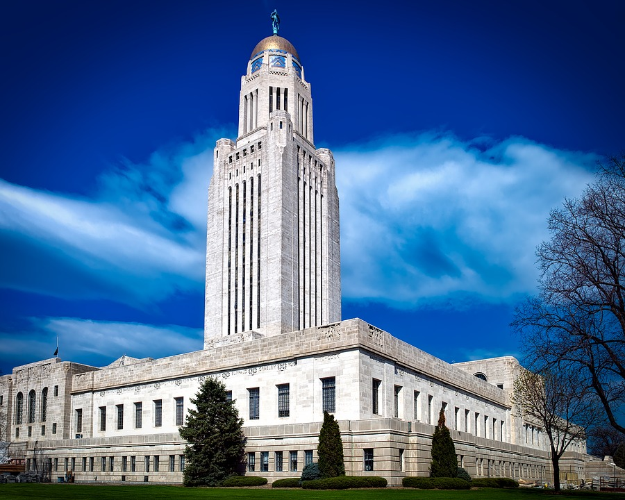 photo of the capitol building in Nebraska