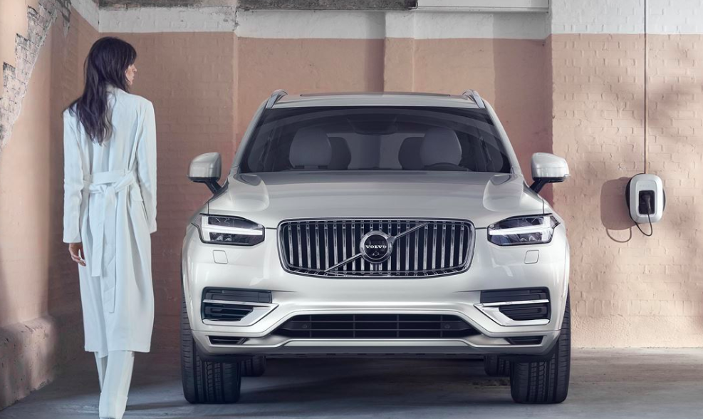 Volvo rebranding luxury campaign