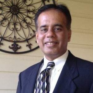 Riaz Qamari, Senior Director of National Underwriting for Small Business Banking, Capital One