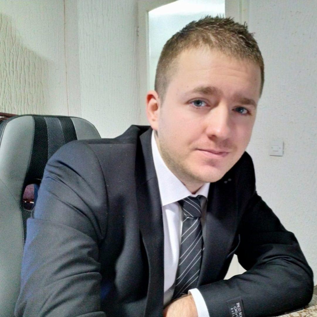 Darko Jacimovic, Co-founder of whattobecome.com