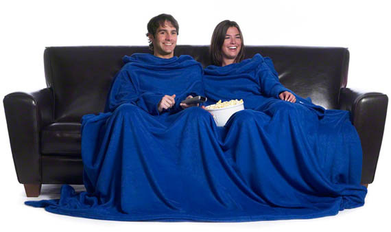 couple sharing a blue cloth