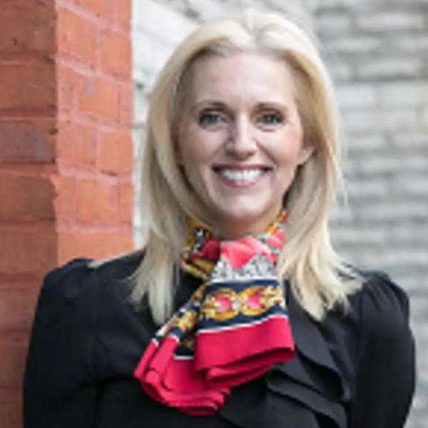 Headshot of Lisa Krause, Keller Williams