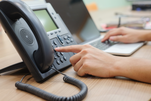 hand dialling on voip phone