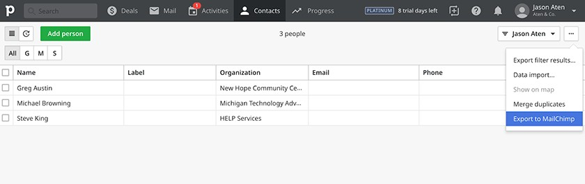 Screenshot of Pipedrive Contacts Interface
