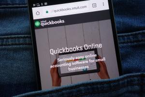 Quickbooks on mobile phone