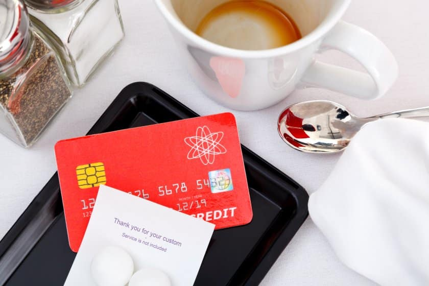 Image of credit card on tray
