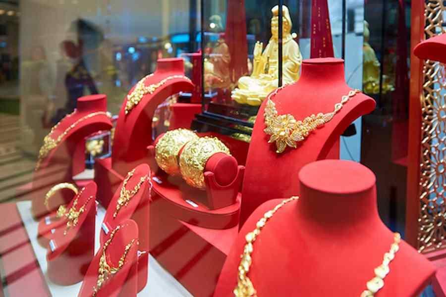Jewelries on display