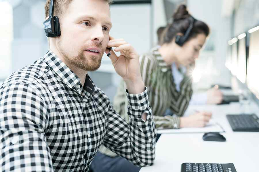 male call center agent