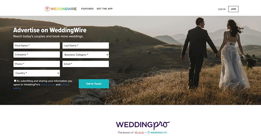 Wedding Wire homepage with signup form