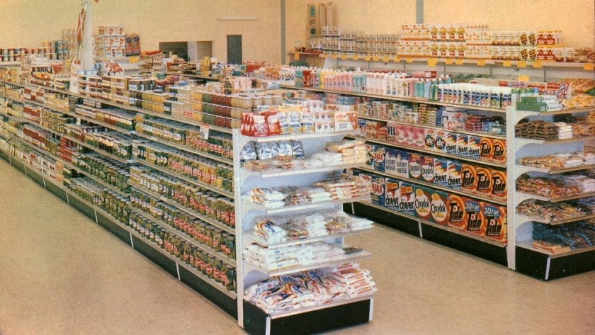Grocery Layout Spacious