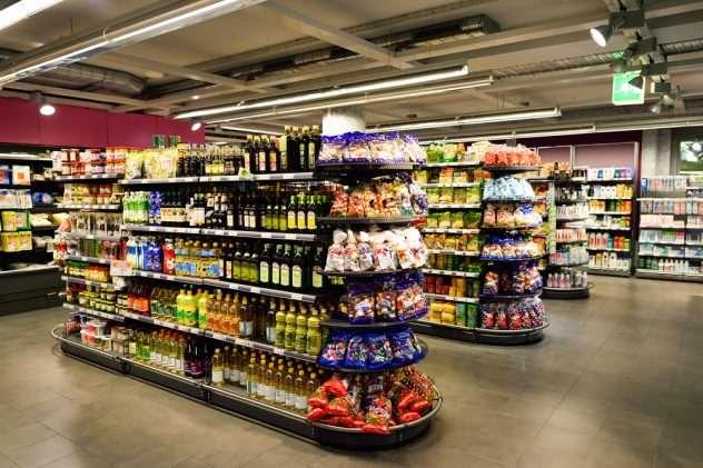 Screenshot of inside convenient store