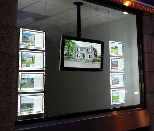 Screenshot_of_Image_from LED Window Display