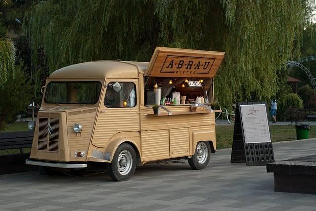 Screenshot of Customized Food Truck