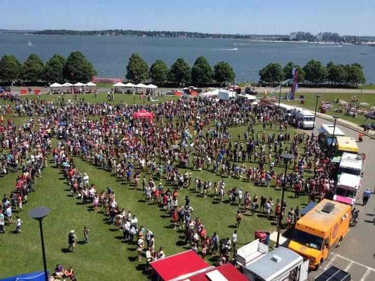 Screenshot of Food Truck Festival
