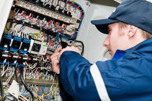 electrician fixing wirings