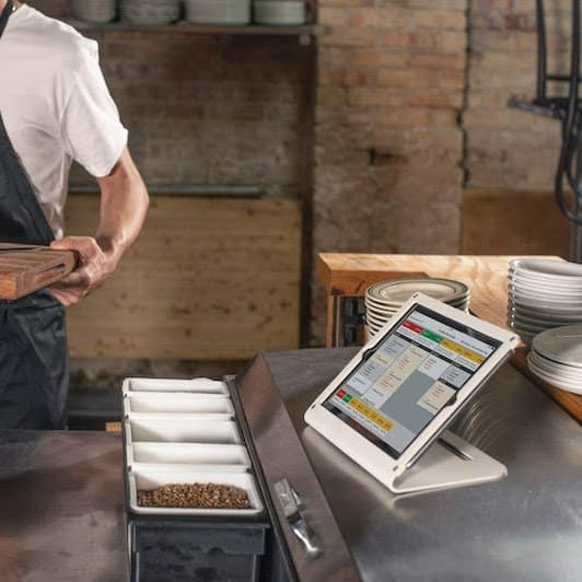 Screenshot of TouchBistro KDS Screens Operates in iPads